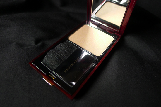 Kevyn Aucoin The Celestial Powder in Candlelight