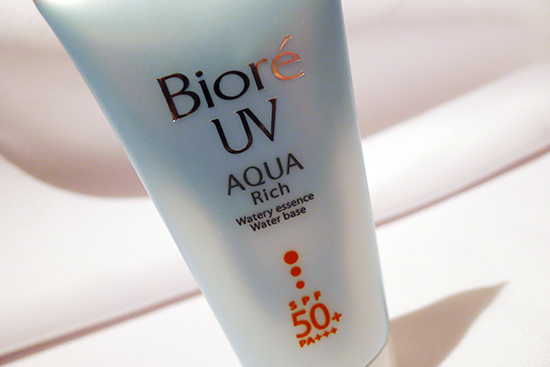 Biore UV Aqua Rich Watery Essence Sunscreen SPF 50/ PA+++